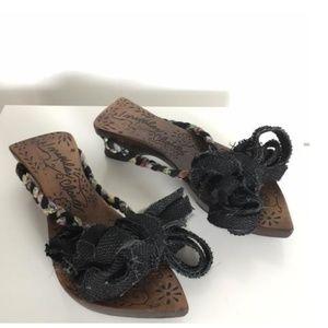 Irregular Choice Shoes - Irregular Choice Braided Bow Sandals. Size 39.